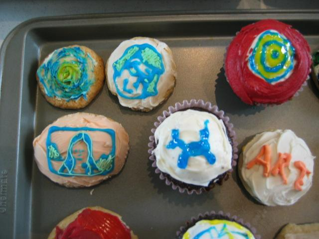Starry night and sara face and jasper johns cupcakes